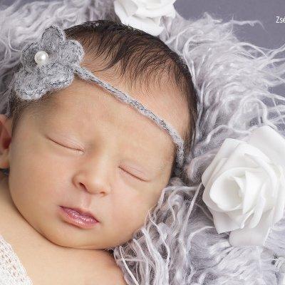 újszülött fotózás háznál