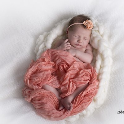 újszülött baba fotózás