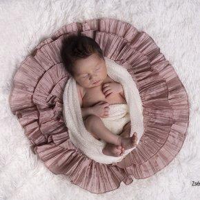 Újszülött kislány baba fotózás