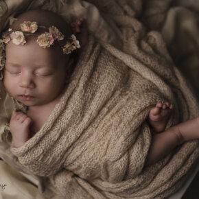 Újszülött baba fotózás 5-10 napos korban